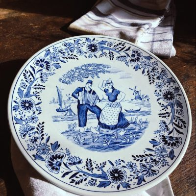 Dutch Couple Delfts Plate - Beautiful Heirloom Home