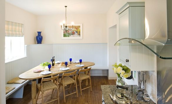 Crossley-Cottage-Kitchen-and-Dining