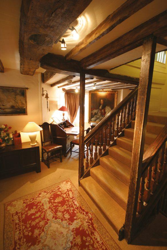 Star Castle Hallway - Beautiful Heirloom Home