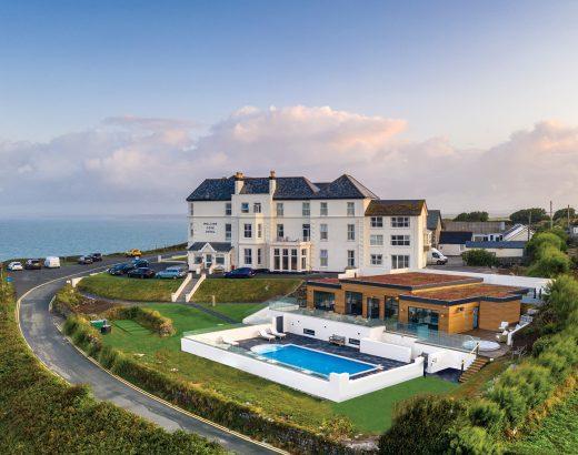 Mullion Cove Hotel - Beautiful Heirloom Home
