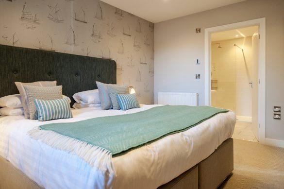Mullion Cove Bedroom - Beautiful Heirloom Home